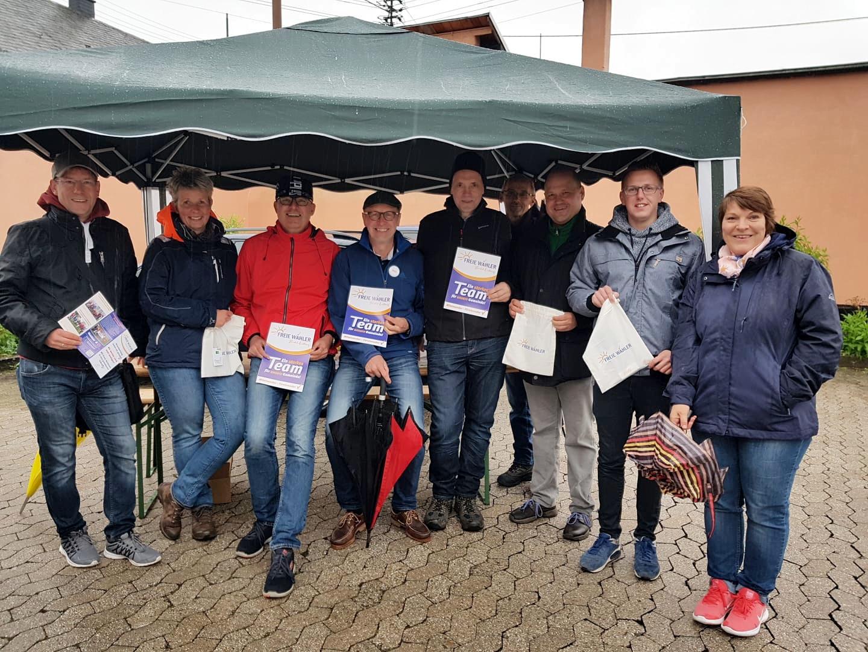 Wir lassen (auch ohne Bürgermeisterkandidaten) keinen im Regen stehen !
